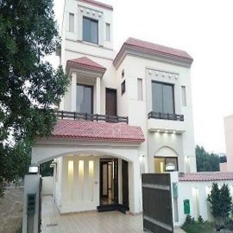 Lahore, 8 Marla House